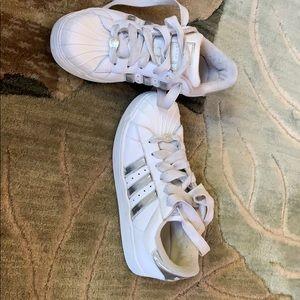 Adidas w silver stripes